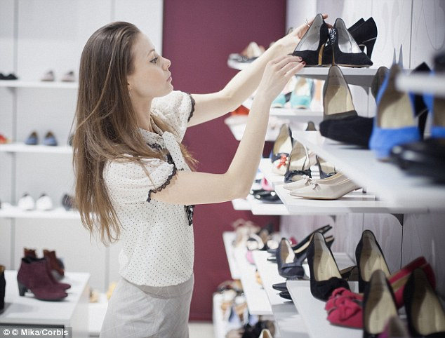 8-Tips-for-Buying-Shoes-That-Are-a-Good-Fit