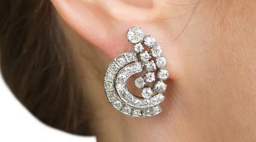 Diamond cluster earring
